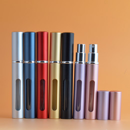 Dispensador de spray on-line-5 ml Atomizador Pulverizador Mini Frasco de Garrafas de Perfume Portátil Recarregáveis Pulverizador de Viagem de Luxo Dispensador de Bomba de Recipiente De Líquido Vazio 7 Cores