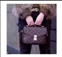 saco da praia do ouro das senhoras Desconto Oferta de moda Carteiro pacote Mulheres Envelope sacos de Cadeia De Embreagem Bolsa Da Senhora Saco de Mão Ombro menina Saco de Mão Presente