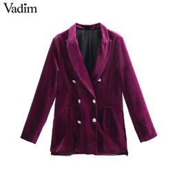 Abrigo largo de terciopelo púrpura online-Vadim mujer chic púrpura terciopelo largo bolsillos de la chaqueta de doble botonadura abrigo de manga larga ropa de oficina ropa de abrigo informal tops CA303