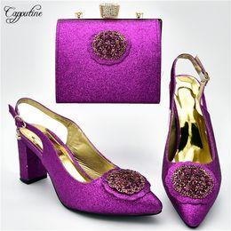 каблук фиолетовый сандалии Скидка New fahsion purple high heel pointed toe sandals with handbag set nice shoes and purse bag for lady 108-5 heel height 7cm