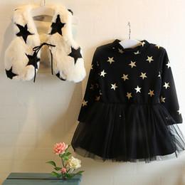 Plüsch farbe kleid online-Kinder Winterkleid Mädchen Stern Spitze Tutu Kleid mit Plüsch Schal Kleid + Weste 2 Stück rot / weiß 2 Farbe 5p / l