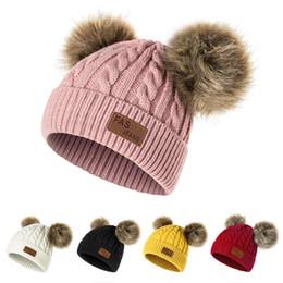 New chapéu do inverno Meninos Meninas de malha Gorros grosso da criança do bebê infantil bonito Cap Bola Cabelo Aqueça Cap Boy Girl Pom Poms Hat Quente de Fornecedores de vestidos de noiva dia de natal