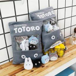 Totoro farcito cuscino con 4pcs mini formato Totoro bambole anime familiari all'interno di spinta tiro regalo cuscino creativo per la neonata e ragazzo V191128 da felpe incappucciate fornitori