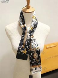 le donne belle hanno stampato le sciarpe di seta 2019 sciarpe di seta del legame del sacchetto del legame della maniglia del sacchetto del legame del legame della ragazza trasporto libero della spedizione da