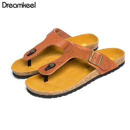 sandalias marrones de corcho Rebajas Sandalias ocasionales de los hombres 2019 Hot Summer Beach Zapatillas de corcho para los hombres Brown Moda antideslizante Flip Flop Men Hombre 40-44 Alta calidad