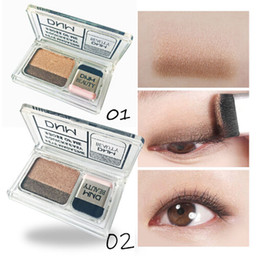 Sombra de ojos en capas online-Doble color Lazy Eye Shadow Layer Paleta de maquillaje Impermeable principiante Shimmer Glitter Mineral EyeShadow Cosmetics