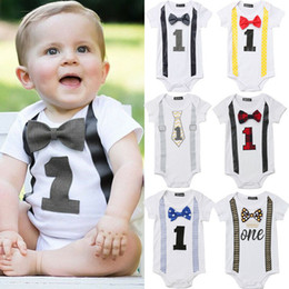 baby jungen party outfits Rabatt Bodysuit Baby-Kleidung My First 1. Geburtstags-Party Gentleman Bow Bodysuit-Overall Short Sleeve Outfits 2020 Sommer 0-1Years