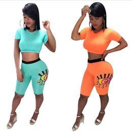 Pintura de mulher sexy on-line-Mulheres Sexy Backless Designer de Treino Olhos Pintura Colheita Tops T camisas + Shorts Calças Justas de Duas Peças Outfit Roupa Esporte Cor Sólida A52203