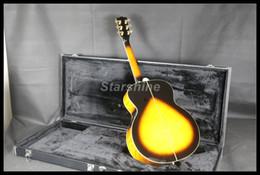 2019 matériel métallique JEANS6031 Guitare acoustique électrique 6 cordes J200C en épicéa massif Top Grover Tuner Sunburst