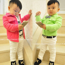 Argentina 2019 nuevo diseñador niños cinturones de moda de lujo estilo casual niños niñas cinturón bebé letra hebilla PU cuero niños cinturones 80 cm Suministro