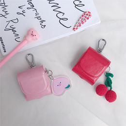 Para airpods case bonito dos desenhos animados urso de cereja fone de ouvido capa de couro para apple airpods 2 engraçado saco de bolso proteger casos com lanyar de