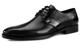 2019 braune formale schuhe verkauf Hot Sale-Fashion Schwarz / Braun Ausschnitte Sommer Herren Kleid Schuhe Echtes Leder Business Schuhe Herren Formale Hochzeitsschuhe günstig braune formale schuhe verkauf