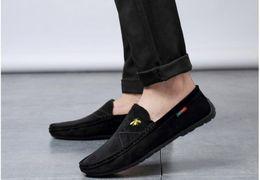 Mens pelle scamosciata scarpe mocassini casuali online-New Designer Uomo Slip On Comfort Scarpe casual da uomo in pelle scamosciata morbida morbida Leggero scarpe da passeggio scarpe Mocassini traspiranti Mocassini