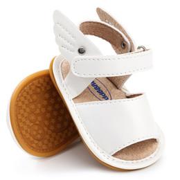 Gummischuhe flügel online-WEIXINBUY Sommer Baby Sandale Jungen Mädchen Schuhe Solid Wing Schuhe Neugeborenen Kleinkind Weiche Gummisohle Strand Prewalkers M