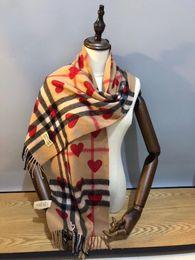 Bufanda del mantón del tartán online-Bufandas de lujo Chales Marca Famoso corazón bufandas del diseñador bufanda de la cachemira Buenas bufandas del diseñador de la alta calidad Mujeres y mans Size180x30cm RD-852