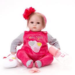 bonecas de silicone de criança real Desconto bebê renascido boneca menina delicada toque recém-nascido Realistic Silicone toque real recém-nascidos brinquedo com roupa caçoa o presente de aniversário