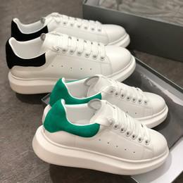 Surdimensionné Semelle Baskets De Luxe Femmes Designer Chaussures Hommes Baskets Blanc Plateforme En Cuir Veau Plat Casual Partie De Mariage En Daim Sport Baskets ? partir de fabricateur