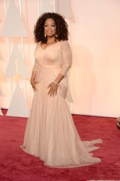 robes drapées grande taille Promotion Robes de célébrités Oscar pas cher Oprah Winfrey, plus la taille v cou gaine tulle avec manches longues balayage train robes de soirée drapées