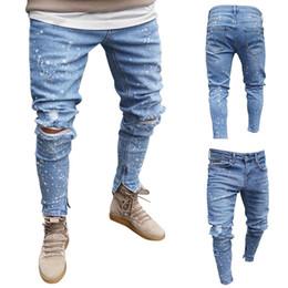 Pantalone jeans di disegno di stampa online-Jeans da uomo Biker Demin Stretch Pantaloni da cowboy strappati distrutti Tasca stampata Design Morbido buco Moda Jeans per uomo
