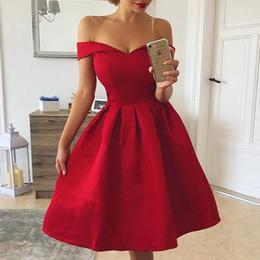 Canada Robe sans bretelles de l'épaule des femmes à manches courtes A-line robes plissées Été élégante dames robe de soirée sexy robes mujer Offre