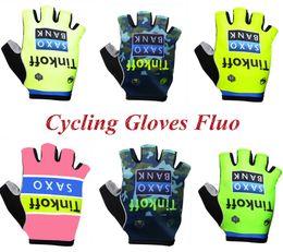 Wholesale Tinkoff Велоспорт Перчатки Половина Пальцев Мужские женские Летние Дышащие Велосипедные Езда Короткие Перчатки Ciclismo MTB Горный Спорт Велосипед Аксессуары