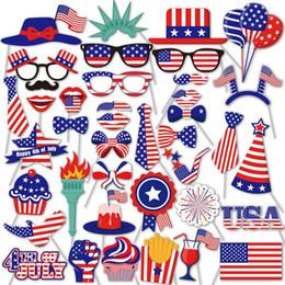 Masken fotos online-40 stücke Unabhängigkeitstag Foto Requisiten Schnurrbart Brille Hut Maske American National Day Photo Booth Requisiten Karneval Party Dekoration Lieferungen