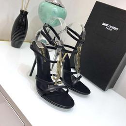 2019 knöchelriemen geschlossene zehfersen Marke luxus neue sexy schuhe frau sommer schnalle niet sandalen hochhackige schuhe spitz mode mode einzelnen high heel10.5cm