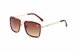 Novo crocodilo óculos de sol para homens e mulheres marcas de óculos de sol óculos de sol new 2019 designer senhora luxo acessórios atacado de Fornecedores de lentes 43mm