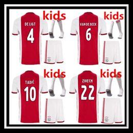 19 20 Ajax HUNTELAAR Футбол Джерси DOLBERG 2020 ZIYECH Футболка дома на выезде NERES YOUNES L.SCHONE детский комплект Футболка детские носки от