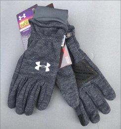 2019 Mode classique UA récent mouvement marques extérieur coupe-vent tricotée gants composites pour les hommes et les femmes avec des gants de loisirs chaud velouté ? partir de fabricateur