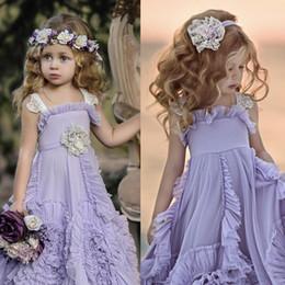 Vestido de noiva lilás de praia on-line-Lilac Flor Menina Vestidos Ruffles Lace Tutu 2019 Boho Do Vintage Praia Praia Pequenos Vestidos de Bebê para a Comunhão