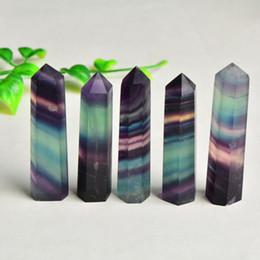 Cristais de cor do arco-íris on-line-Arco-íris cor Cristais Pontos Natural Fluorita Stripe Ponto Quartz Reiki cura de cristal da cura Chakra Pedra Para Casa Deco EEA1085-1