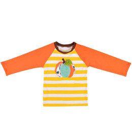 2020 stickerei t-shirt kinder Baby-Kind-gestreiftes T-Shirt Kürbis-Stickerei-Patchwork Langarmshirts Kinder der beiläufigen Kleidung der Mädchen-Jungen-Kleidung Boy Kleidung günstig stickerei t-shirt kinder