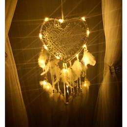 1PC Creative Hollow Love Dream Catcher Lantern Ornaments Nordic Wedding Dream Catcher Natale Dream Catcher per la casa da