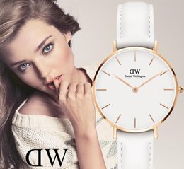 Vente montres fille en Ligne-Daniel Wellington 32mm fille tendance montre dames 36mm bracelet en cuir vente chaude simple montre à quartz Relogio Montre Femme Poignet
