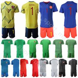 2019 fußball-kit-nummern 2019 Copa America Torwart GK Goalie Kolumbien 1 David Ospina Trikot-Set 12 Camilo Vargas Trikottrikots Uniform Benutzerdefinierter Name Nummer rabatt fußball-kit-nummern