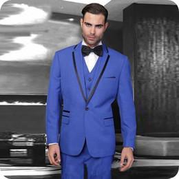 544c5dbbbc8 Royal Blue Men Tuxedos Trajes de Novio de Boda Hombre Blazers Fiesta de  Baile Slim Fit Groomsmen Use Men Trajes para Boda 3 Pieza Traje Gris Homme