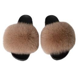 2020 piel de zorro multicolor Unisex Fox Hair Zapatillas 2019 Summer Furry Rainbow Zapatillas multicoloras Moda 100% Real Fox Fur Slides de lujo de gran tamaño 36 45 piel de zorro multicolor baratos