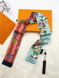 Print xx онлайн-2019 Новые модные шелковые шарфы предназначены для женщин с элегантными шелковыми платками с принтом. Xx