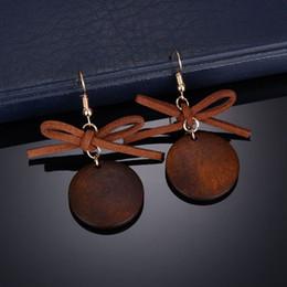 pajarita Rebajas Pendientes lindos / románticos del Bowknot de la bola Simulado perla Bow Tie Stud Pendiente para las mujeres E2271