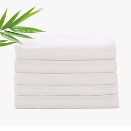 Yıkanabilir Bebek bezi Bezi Bambu Elyaf Kullanımlık newbron Çocuklar beyaz Bez Su Emme 3 Boyutları Değiştirme Pedi battaniye havlu AAA2202 supplier bamboo fiber baby nereden bambu elyaf bebek tedarikçiler