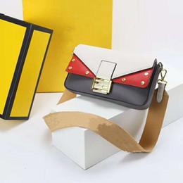 e392f07118 Sac à bandoulière en cuir véritable pour femmes FF lettre de mode Vient de  luxe sac à bandoulière filles sac à main 3 couleur