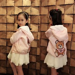 Chaqueta impermeable de verano online-Envío gratis Summer Beach Sun Protection camisa de la chaqueta de las niñas con capucha abrigos impermeables Toddler Girls Wear Kid Windbreaker ropa