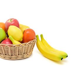 2019 exposições de frutas falsas 1 Pc Frutas Artificiais Banana Frutas Falsas Ajudas De Ensino Cognitivo EVA Frutas De Plástico Para Loja Loja Display Decor Adereços De Casamento desconto exposições de frutas falsas