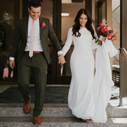 Manga crepe vestido de casamento on-line-Simples Crepe Sereia Modestos Vestidos de Casamento Mangas Compridas País Elegante Mulheres Ocidentais Modest Vestidos de Noiva Custom Made