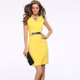 Estate nuova moda scava fuori abito a matita senza maniche al ginocchio donne abiti casual giallo rosso blu nero Q190523 da