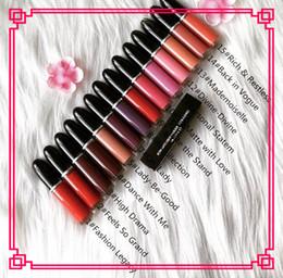 2019 nome do lábio BRASIL Maquiagem Lip Gloss Retro Matte Líquido LipColor Lipgloss Não-Vara Copo Lipgloss Com Nome Inglês Tem 12 Cores Diferentes 5 ML nome do lábio barato