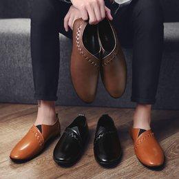 Nice New Uomo Primavera Autunno casual in pelle Scarpe Uomo scarpe basse respirabile comoda di modo Mocassini W5