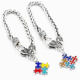 2019 pulseira de quebra-cabeça de autismo Autismo Consciência Enigma Jigsaw Colorido Fashion Square Esmalte Charm Bracelet Amizade Jóias para crianças meninos meninas unisex mulheres homens B11 desconto pulseira de quebra-cabeça de autismo