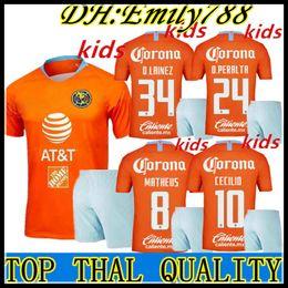 17b81dada Compre Kits Para Niños 18 19 México Club America Kids Tercero Kits Fútbol  Sets Club America Boys Football Football Sets 2018 2019 O.Peralta Soccer De  Niños ...